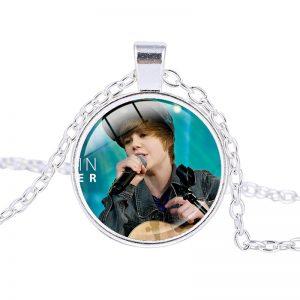 Justin Bieber – Necklace (mod12n)