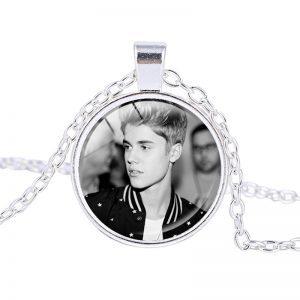 Justin Bieber – Necklace (mod14n)