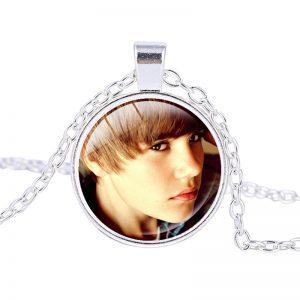 Justin Bieber – Necklace (mod15n)