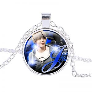 Justin Bieber – Necklace (mod18n)