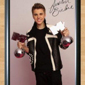 Justin Bieber – Autographed Photo -mod4