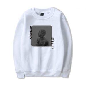 Justin Bieber Changes Sweatshirt #3